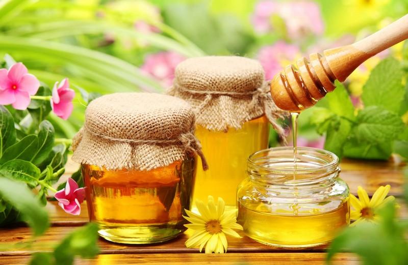 Лечение косточки мёдом